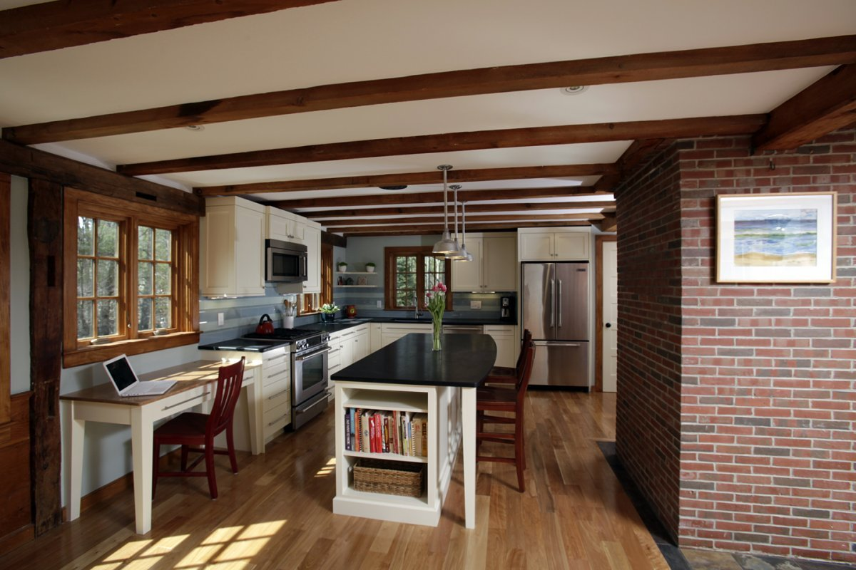 Custom kitchen remodeling in NH, ME, MA.